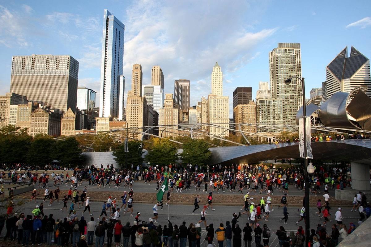 Chicago Marathon millenium park